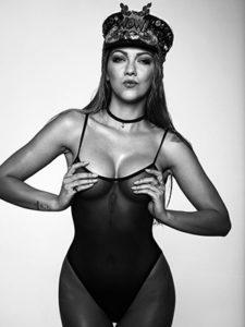 Stripperin Zora